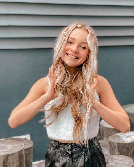 Pressley Hosbach Phone Number, Fanmail Address and Contact Details