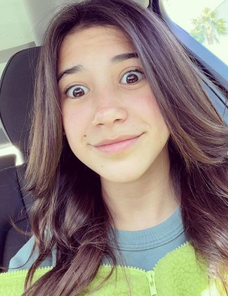 Scarlett Estevez Phone Number, Fanmail Address and Contact Details