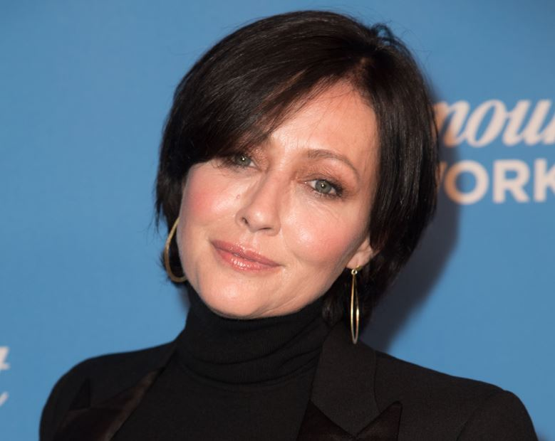 Shannen Doherty Phone Number, Fanmail Address and Contact Details