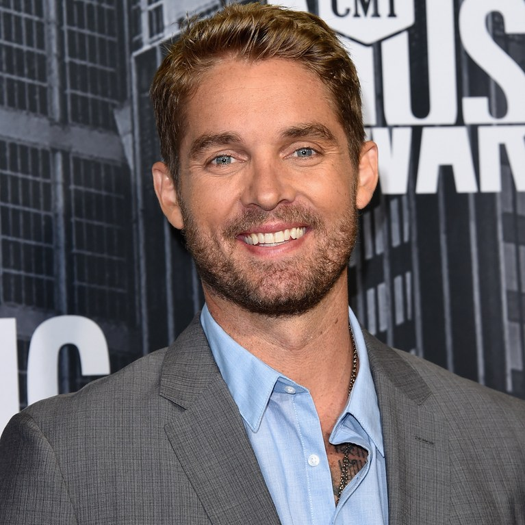 Brett Young Phone Number, Fanmail Address and Contact Details