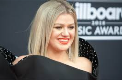 Kelly Clarkson Phone Number, Fanmail Address and Contact Details