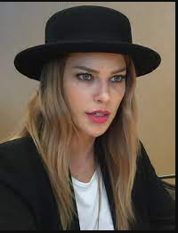 Lauren German Phone Number, Fanmail Address and Contact Details